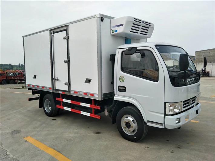 东风小多利卡冷藏车4.2米